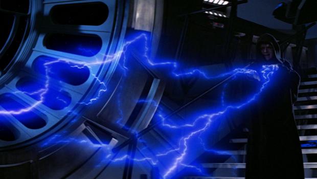 Secondo quanto rivela Cory Barlog, la serie tv ipotizzata da George Lucas dopo Episodio III avrebbe raccontato la caduta nel male del più oscuro dei signori oscuri di Star Wars.