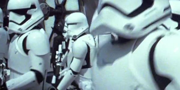 Star-Wars-The-Force-Awakens-Flametrooper-600x300